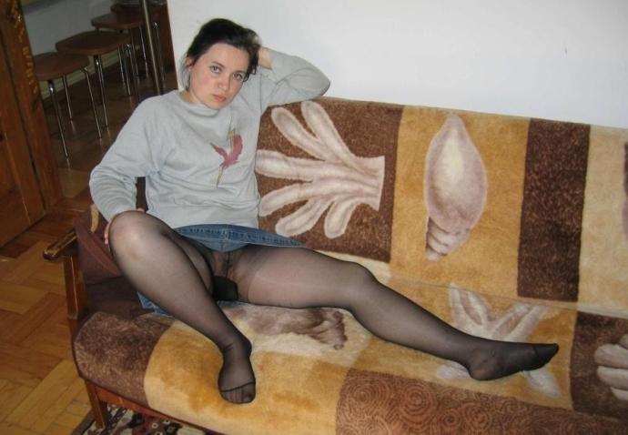 Podvazky, šaty A Silonky (3)