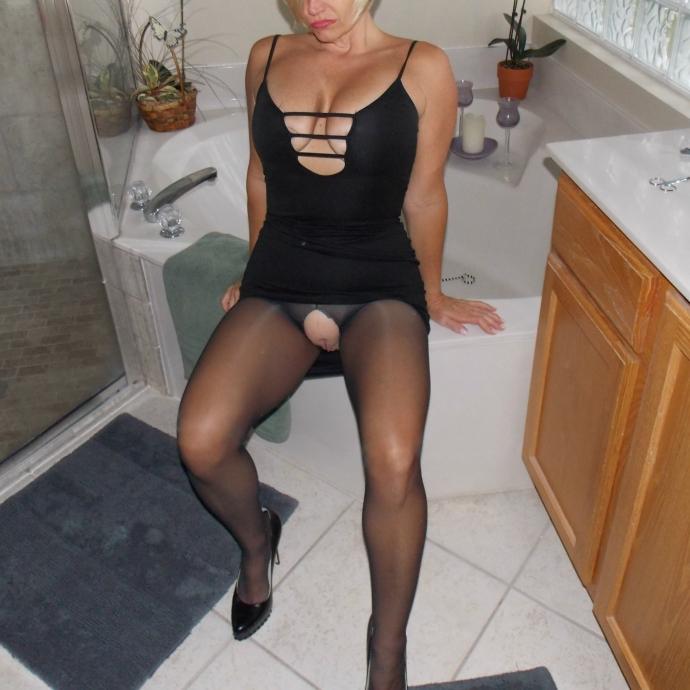 Podvazky, Sexy šaty A Silonky (4)