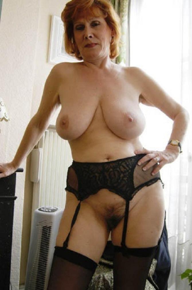 Sexy Domácí Silonky Porno (1)