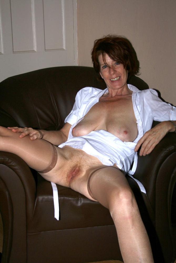 Sexy Domácí Silonky Porno (2)