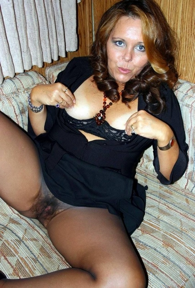 V Silonkách, Sexy Fotky (2)