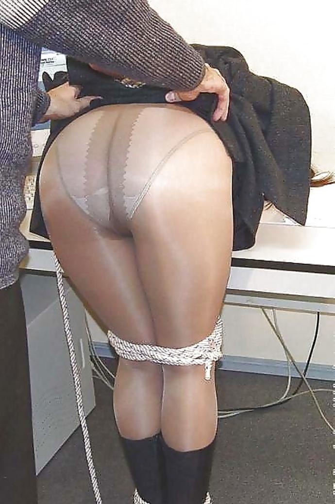 Bondage Holky V Kalhotkách, Sexy Fotky (4)