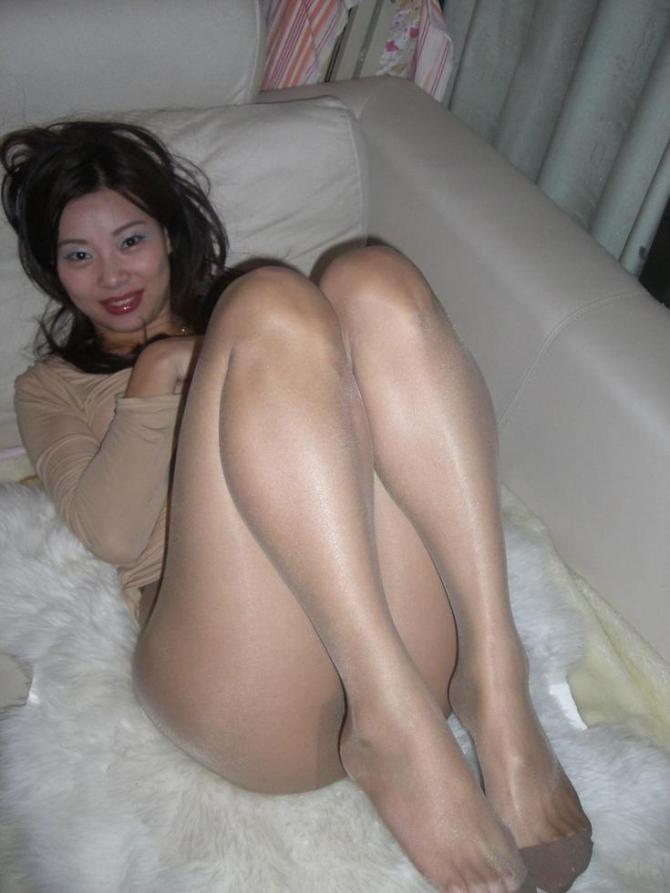 Sexy Fotky Pod Sukně A Minisukně (3)