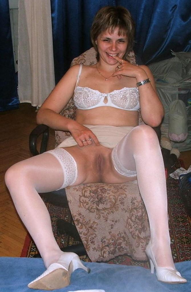 Vaše Fotky V Sexy Silonkách (4)