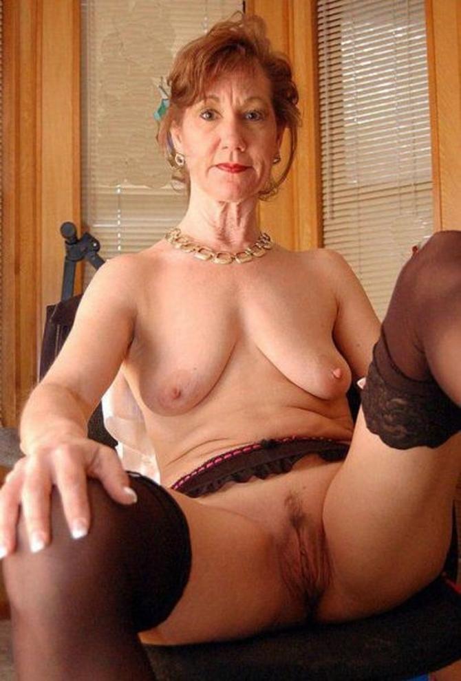 Vaše Nadržené Přítelkyně, Sexy Fotky (2)