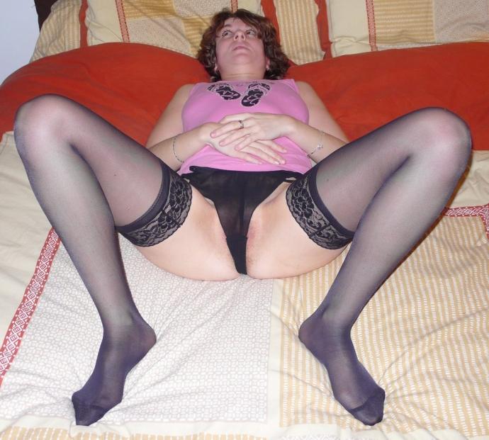 Amatérky Sex V Silonkách, Domácí Porno (2)