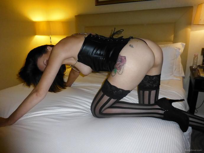 Sexy Amatérky Silonkách (1)