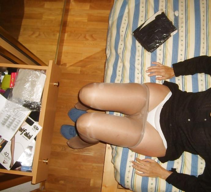 Amatérky A Silonky A V Kalhotkách (3)